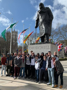 The Alfred University Saxons Men's soccer program recently returned from an amazing trip to England!