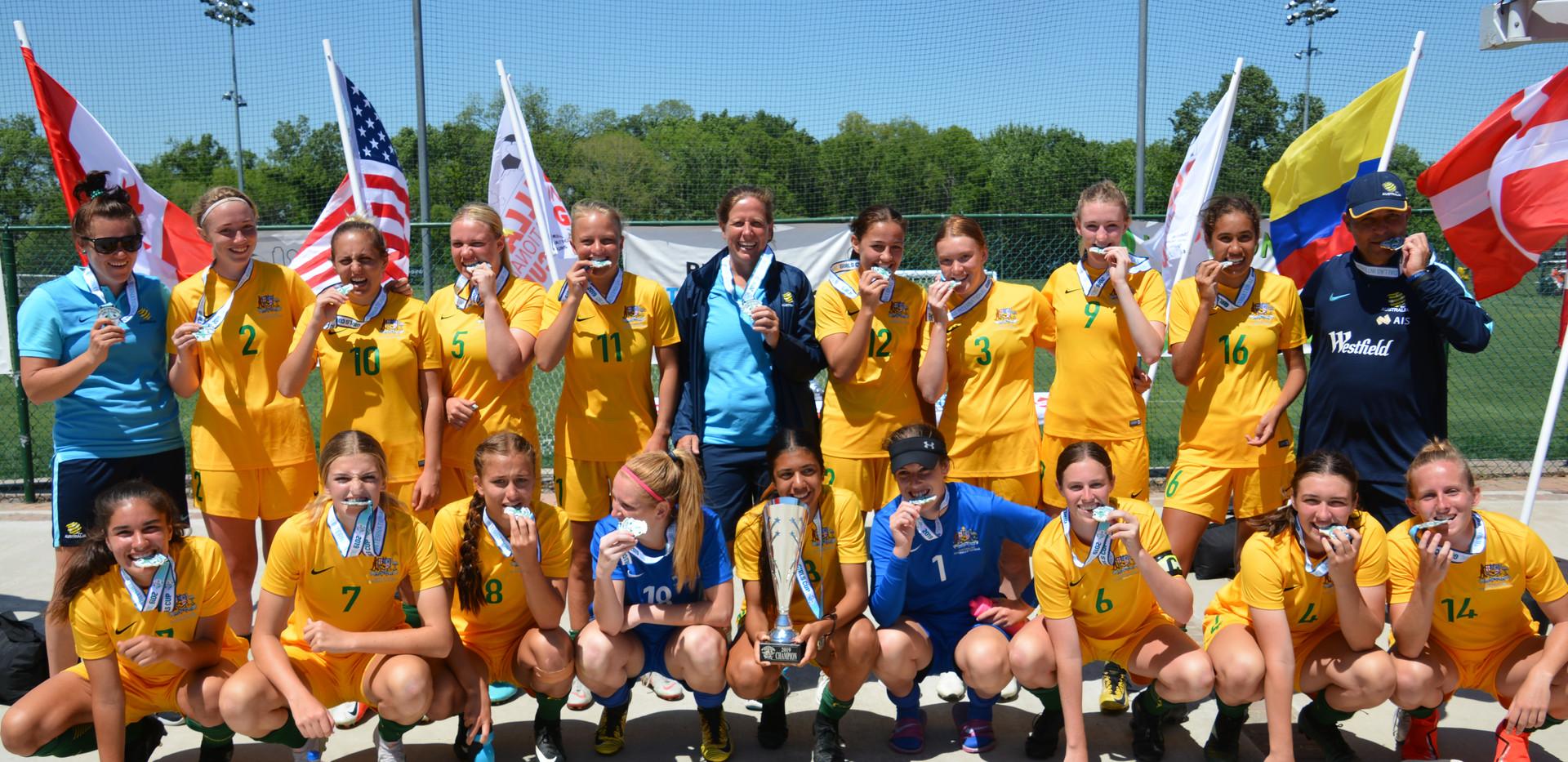 2000/2001 Champions - Australian Schoolgirls