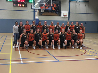 Wartburg College Women's Basketball Returns from an Exciting Trip to Amsterdam and London!