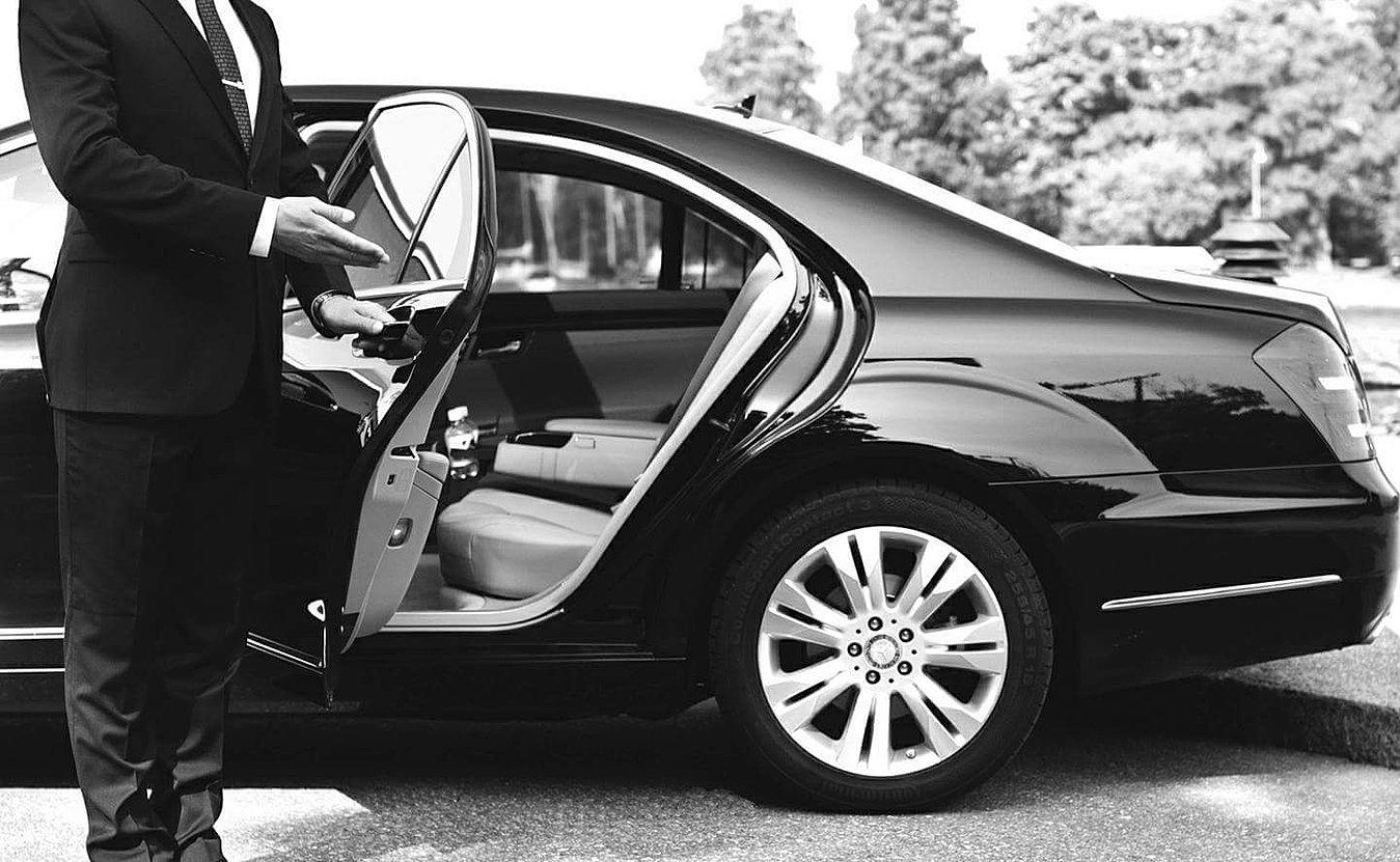 descamps and co chauffeur priv lavage voiture domicile. Black Bedroom Furniture Sets. Home Design Ideas