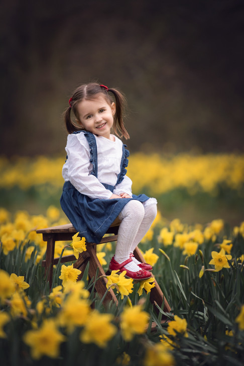child model yellow flowers