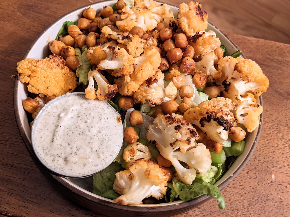 Buffalo Cauliflower Salad with Creamy Cashew Ranch Dressing