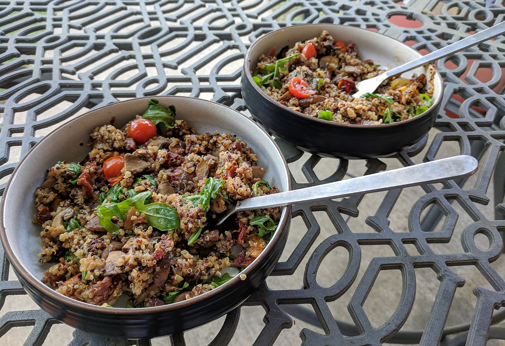 Quinoa with Mushrooms and Tomatoes