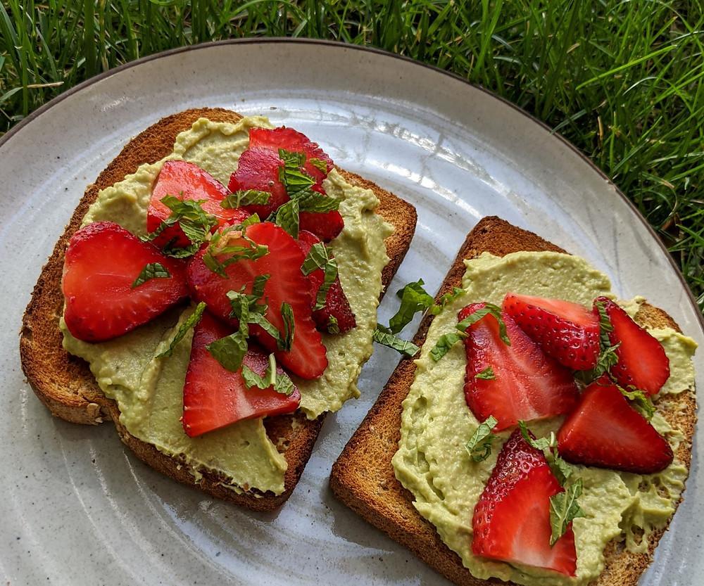 Avocado Hummus & Strawberry Toast