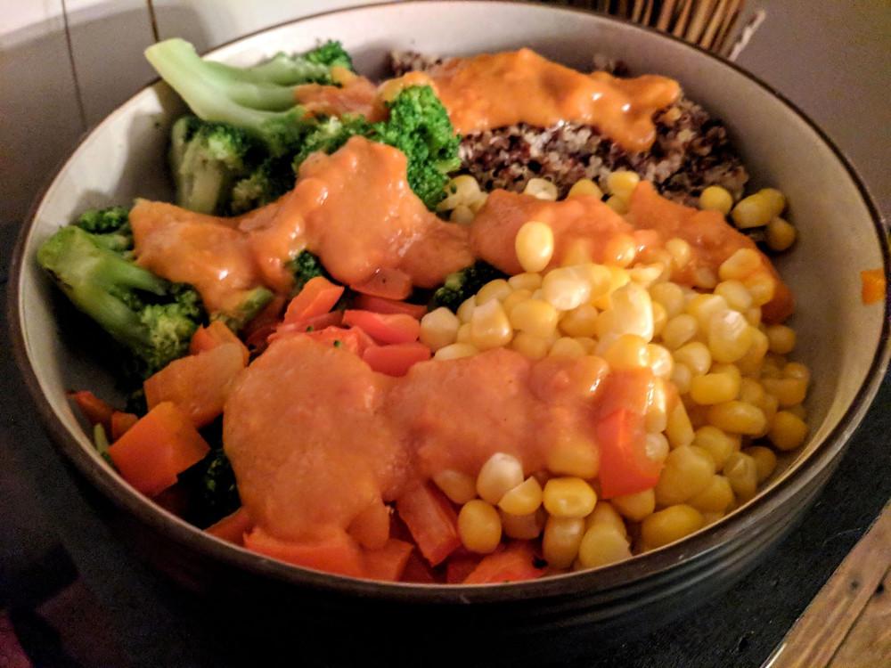 broccoli quinoa bowl
