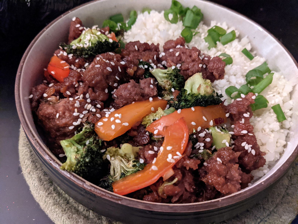 Korean Ground Beyond Beef with Broccoli & Peppers