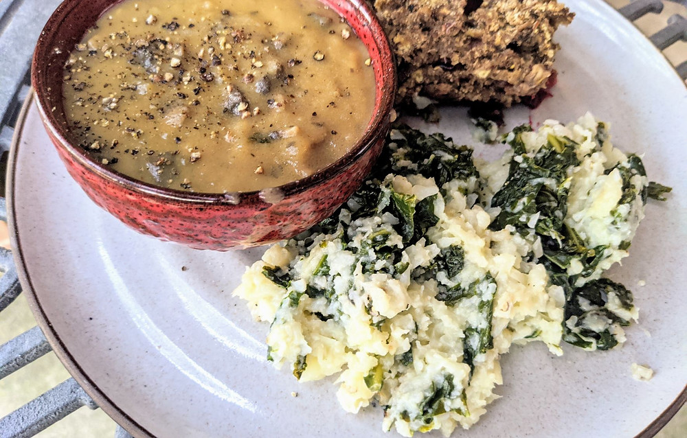 Instant Pot Mashed Cauliflower & Kale with Mushroom Gravy