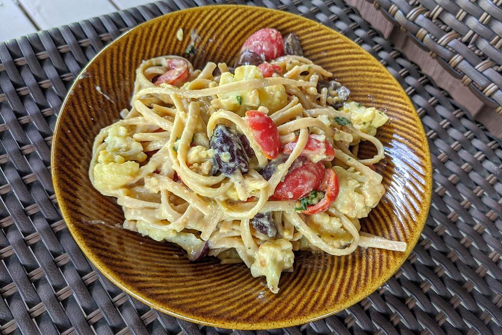 Hummus Pasta with Roasted Cauliflower