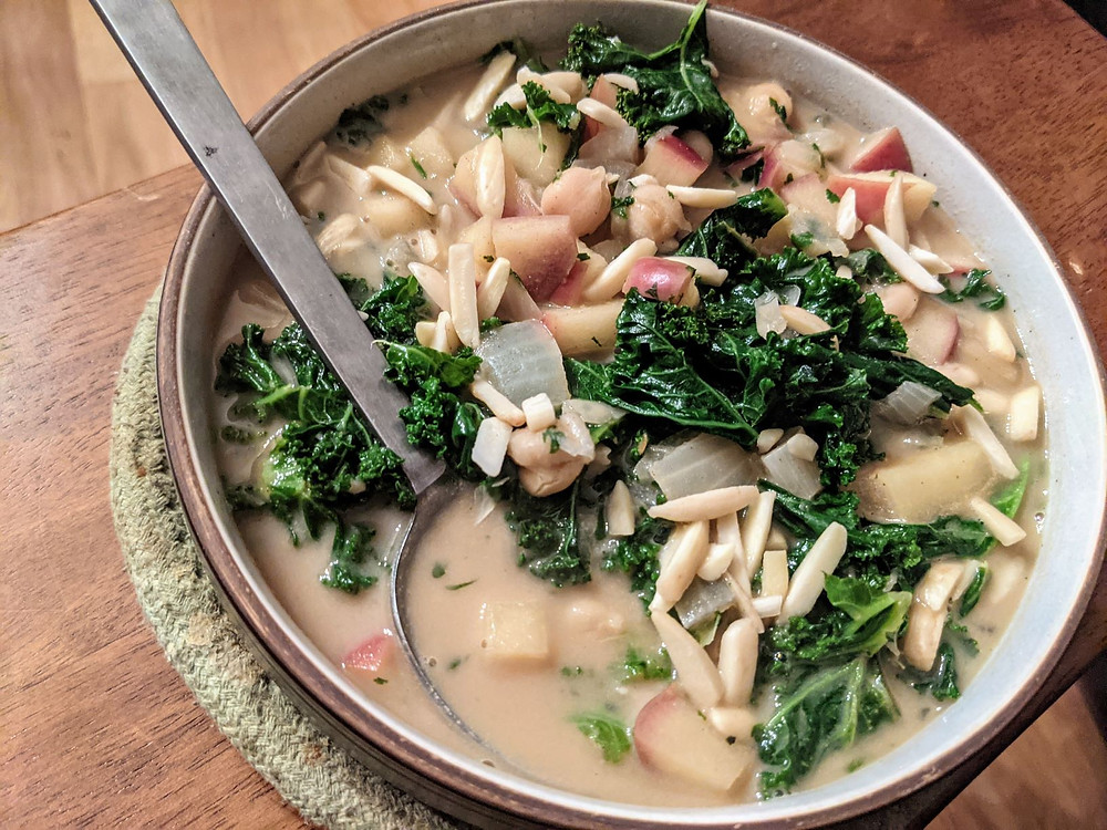 Spicy Apple, Almond, Kale & Chickpea Stew