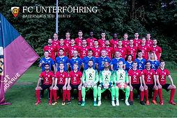 Mannschaftsfotomit Fahne  30 x 45.jpg