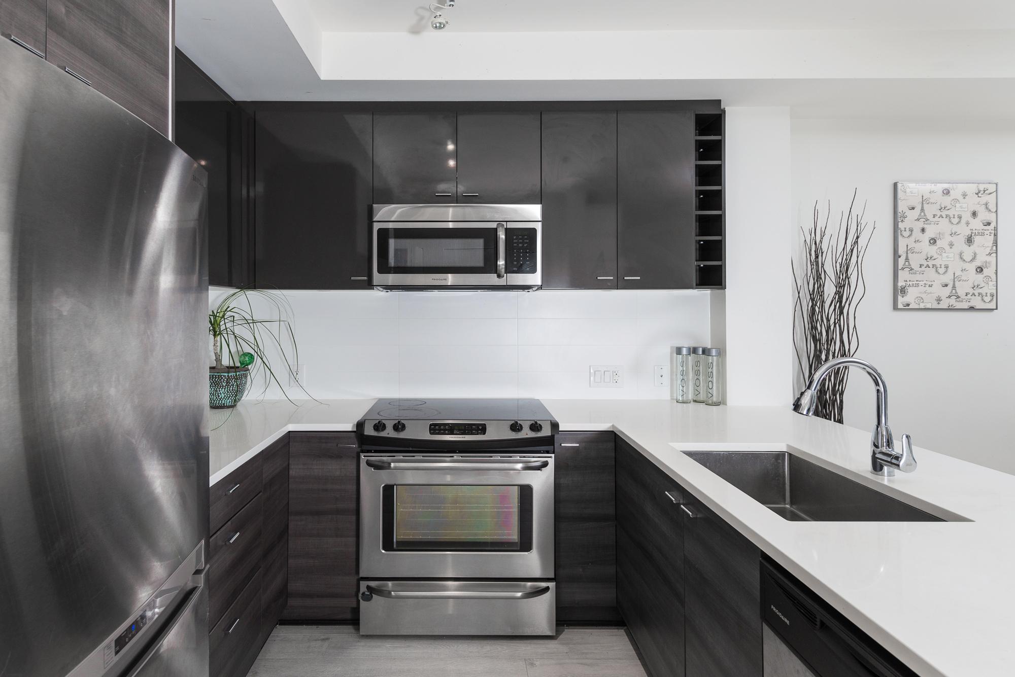 Kitchen 13931 Fraser Hwy, Surrey