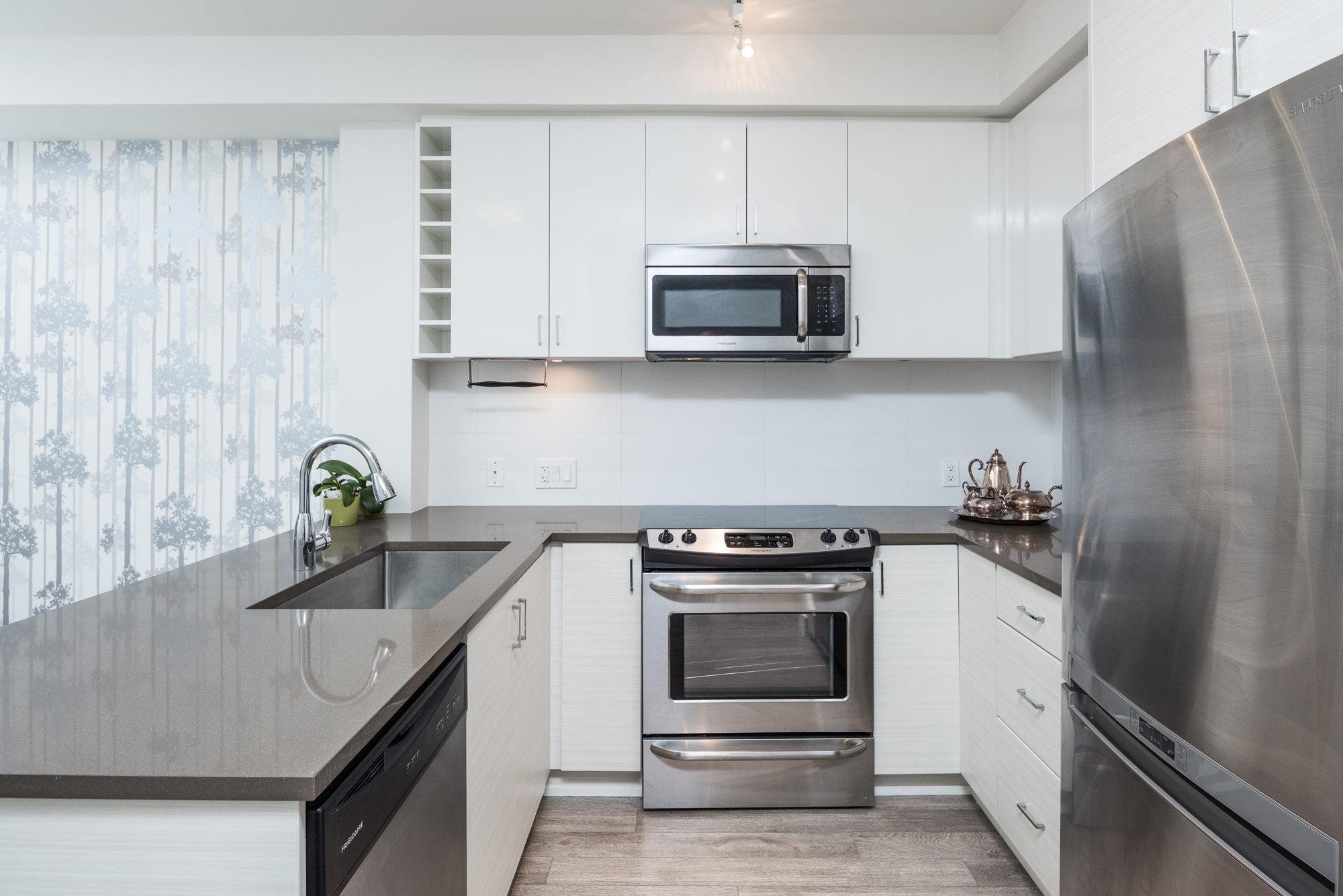 13919 Fraser Hwy, Surrey Stainless Appliances