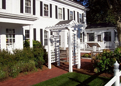 "Cedar Pergola With Top Arbor 5"" English Sides"