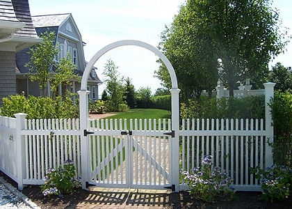 Cedar Halo Arbor Shown With Colonial Picket