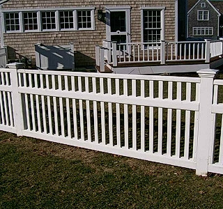 Colonioal Picket With Fascial Boards & Heavy Top Trim