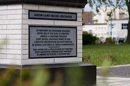 Monuments et plaques commémoratifs