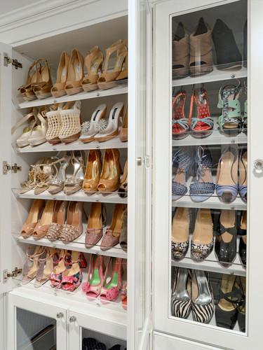 Angled shoes