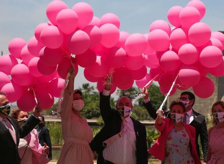 Campanha Outubro Rosa incentiva detecção precoce do câncer de mama