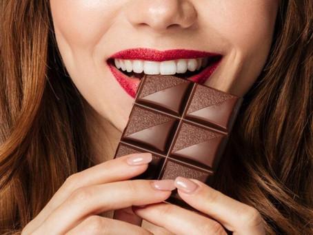 Médico: Comer até 30 gramas de chocolate por dia faz bem ao humor e coração