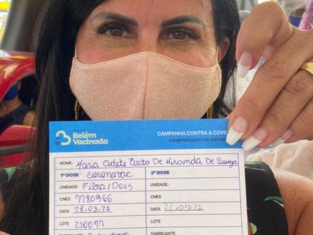 Gretchen toma primeira dose da vacina contra a Covid-19 e diz: 'Obrigada, SUS'