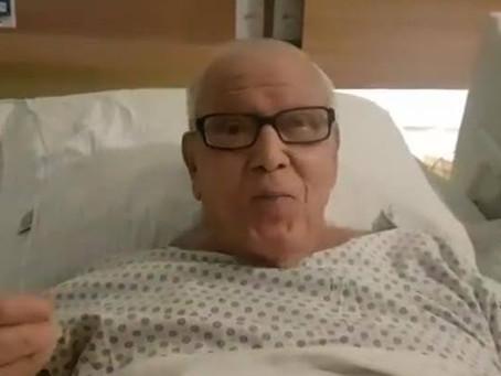 Após boatos, Ary Toledo brinca sobre saúde: 'Não estou morrendo'