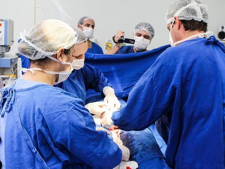 Após erro médico, jornalista relata cesárea sem anestesia
