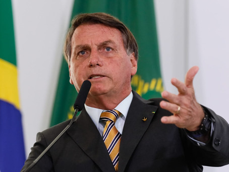 Bolsonaro quer desobrigar uso de máscara por vacinados; para especialistas, é uma temeridade
