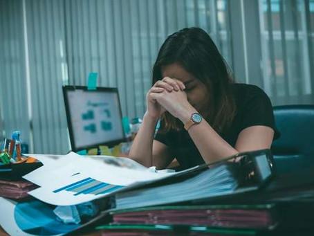 Estresse alto aumenta risco de hipertensão, derrame e ataque cardíaco, diz estudo