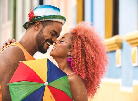 Médico diz como doença do beijo pode ser evitada no carnaval