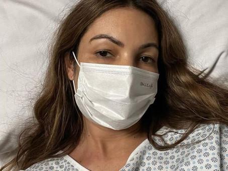 Patrícia Poeta faz cirurgia de emergência nas amígdalas