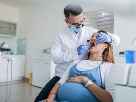 Entenda a importância de grávidas fazerem acompanhamento odontológico