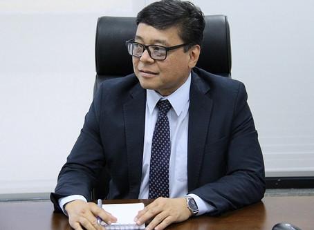 Osnei Okumoto assume oficialmente a secretaria de saúde do DF