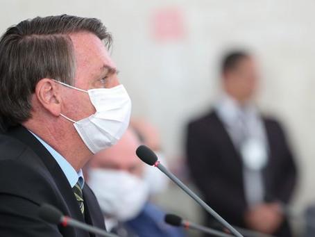 Bolsonaro sanciona lei que autoriza telemedicina durante pandemia do coronavírus