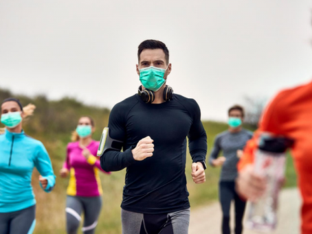Fazer exercício de máscara não afeta a frequência cardíaca