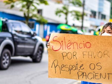 Médicos reagem a buzinaço contra medidas de restrição em frente a hospital: 'Respeite os pacientes'