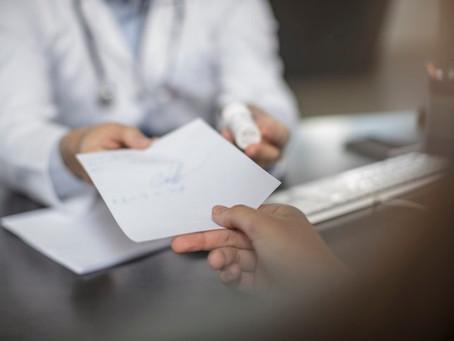 Médicos pedem anulação de portaria que permite a enfermeiros receitar remédios na rede pública do DF