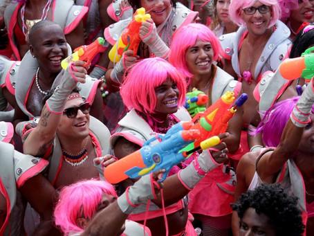 'Não é o momento de pensarmos em carnaval', dizem blocos sobre lei que define festa em julho no Rio