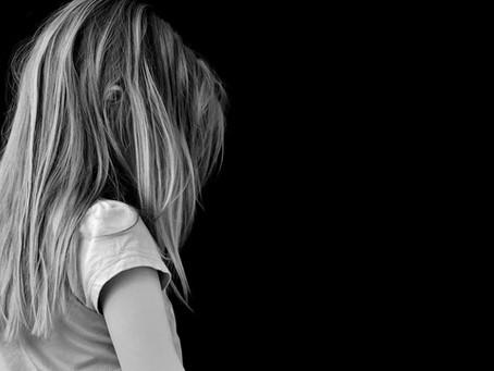 9 sintomas da depressão infantil que você precisa ficar de olho