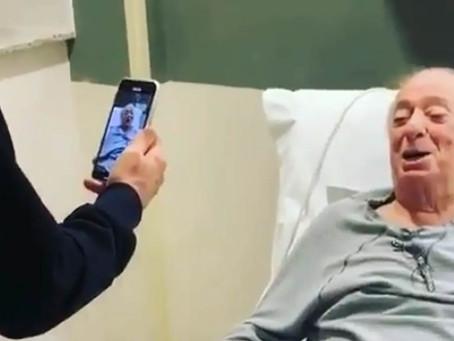 Vídeo: Raul Gil aparece cantando em hospital; veja