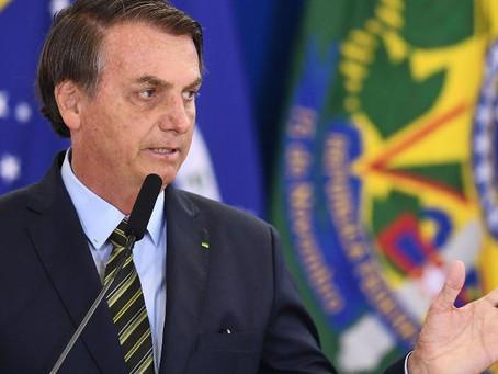 Bolsonaro passa por exame para investigar possível câncer de pele
