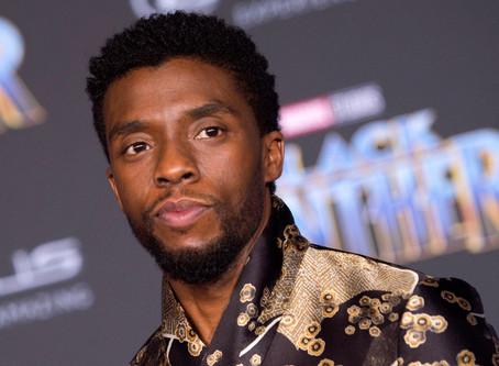 """Chadwick Boseman, ator de """"Pantera Negra"""", morre aos 43 anos"""