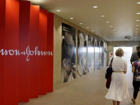Em ação inédita, Johnson & Johnson expõe obras de arte feitas com fios cirúrgicos