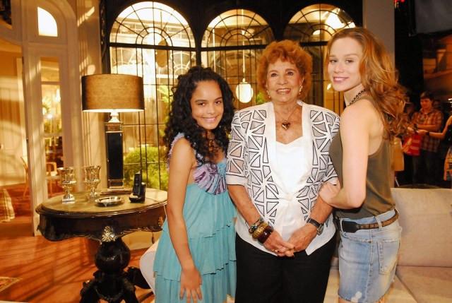 Carol Macedo, Daisy Lúcidi e Mariana Ximenes durante gravações da novela 'Passione', de 2010 — Foto: João Miguel Júnior/TV Globo