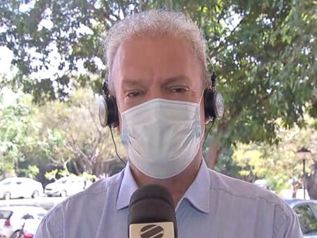 Secretário de saúde se emociona ao falar sobre transferência de pacientes e falta de leitos em MS