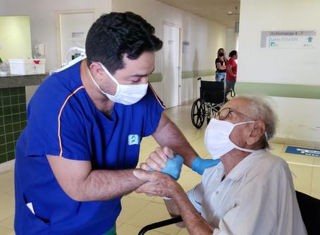 Práticas humanizadas de saúde aceleram recuperação de pacientes com quadros graves no Ceará