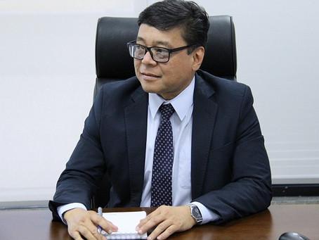 Ibaneis demite secretário de Saúde