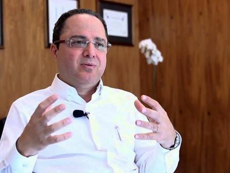 Cardiologista Roberto Kalil Filho admite que tomou cloroquina e defende seu uso no tratamento