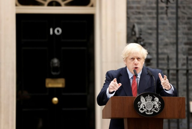 O primeiro-ministro britânico Boris Johnson discursa após se recuperar da doença de coronavírus  — Foto: John Sibley/Reuters