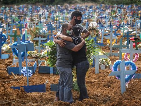 Brasil bate recorde e registra 4.195 mortes por Covid-19 em 24 horas