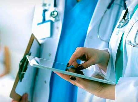 Profissionais de saúde têm até segunda para se inscrever em seleção no DF